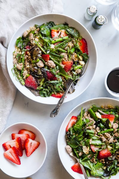 File 3 Strawberry Balsamic Paleo Cauliflower Rice Ground Turkey Skillet