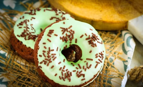 Baked Chocolate Mint Doughnuts Recipe
