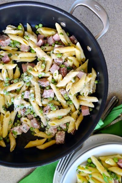 One Pot Creamy Ham & Pea Pasta Pic
