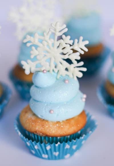 Frozen Cupcakes Image