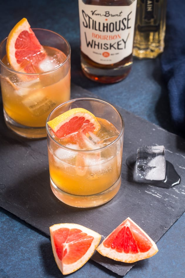 Grapefruit Whiskey Sour Pic