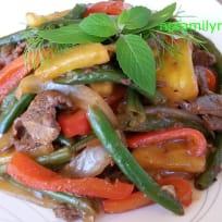 Stir Fry Vegetables with Beef (Thịt Bò Xào Rau Cải)