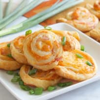 Bacon Cheddar Pinwheels Recipe