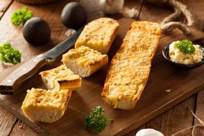 如何做蒜蓉面包