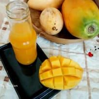 Mango papaya refresher
