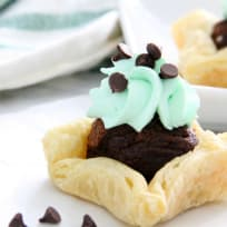 Mint Chocolate Brownie Cups Recipe