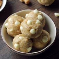 Gluten Free White Chocolate Cashew Bites Recipe