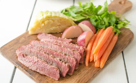 Traditional Corned Beef and Cabbage Recipe