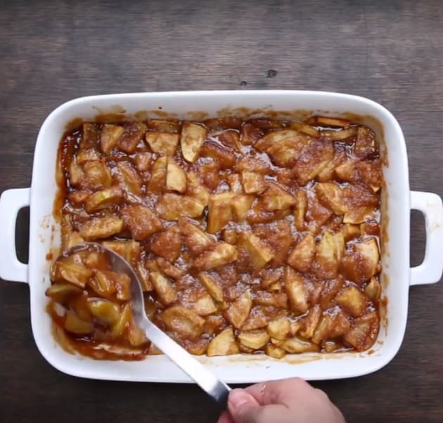 Caramel Apple Bake