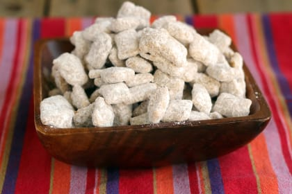 Pumpkin Pie Muddy Buddies: Fall's Favorite Snack