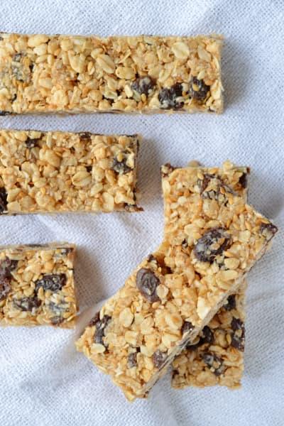 Oatmeal Raisin Cookie Granola Bars Picture
