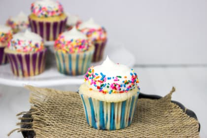 Funfetti Cupcakes to Make Your Day