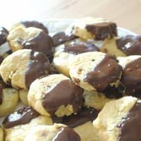 Tasty Vegan Chocolate Christmas Cookies