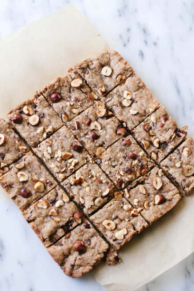 Vegan Hazelnut Blondies - Food Fanatic