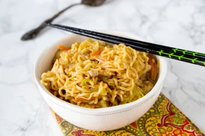 Chow Mein Noodles with Chicken