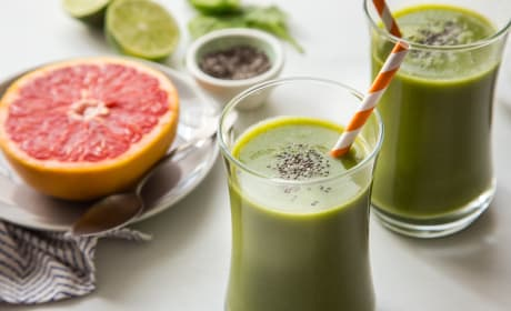 Grapefruit Smoothie with Chia Recipe