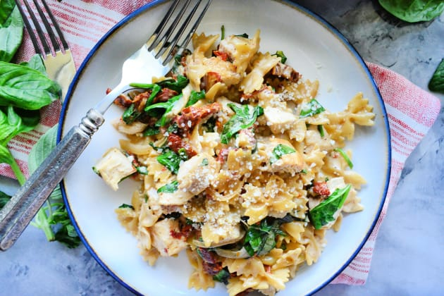 File 1 - One Pot Creamy Smoked Sundried Tomato Pasta