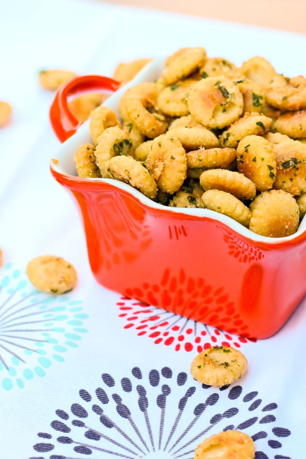 Seasoned Oyster Crackers Pic