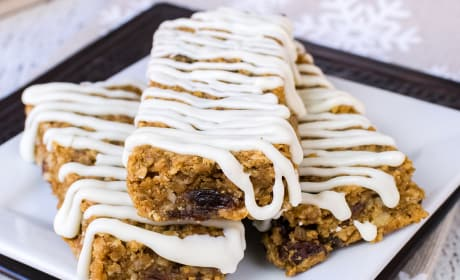 Iced Gingerbread Oatmeal Bars Recipe