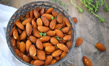 Fried Almonds with Thyme Recipe