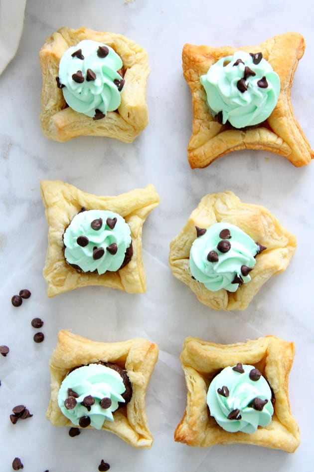 Mint Chocolate Brownie Cups Image