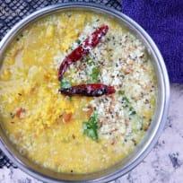 Varuth aracha kootu curry