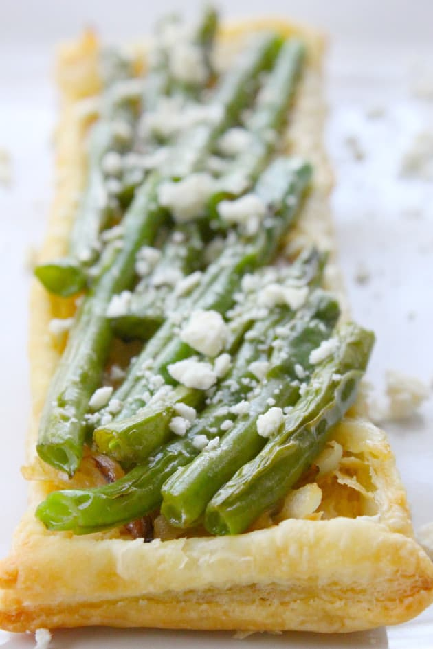 Grilled Green Bean and Onion Tarts Picture