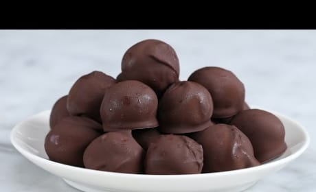 How to Make Decadent Dark Chocolate Peanut Butter Balls