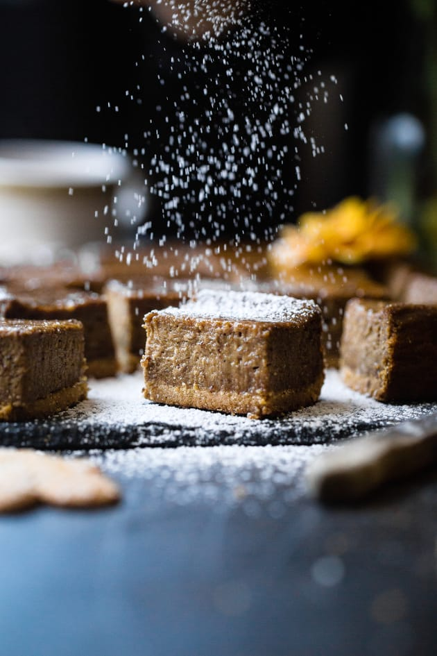 Gingerbread Coffee Vegan Cheesecake Bars Pic