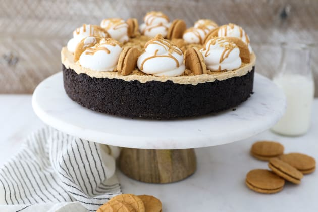 No Bake Peanut Butter Marshmallow Pie Image