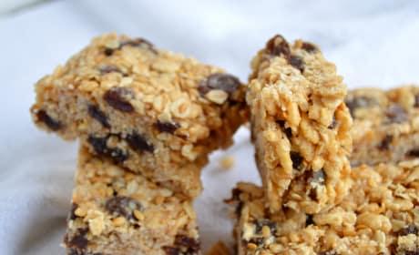 Oatmeal Raisin Cookie Granola Bars Image