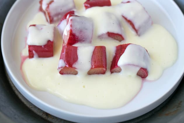 Rhubarb and Custard Image
