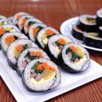 Gimbap - Kimbap Recipe (Cơm Cuộn Hàn Quốc)