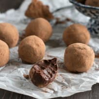 Vegan Spicy Dark Chocolate Avocado Truffles Recipe