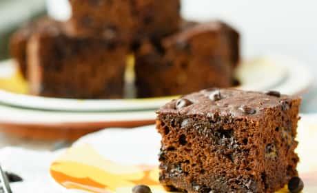 Healthy Chocolate Banana Snack Cake Recipe