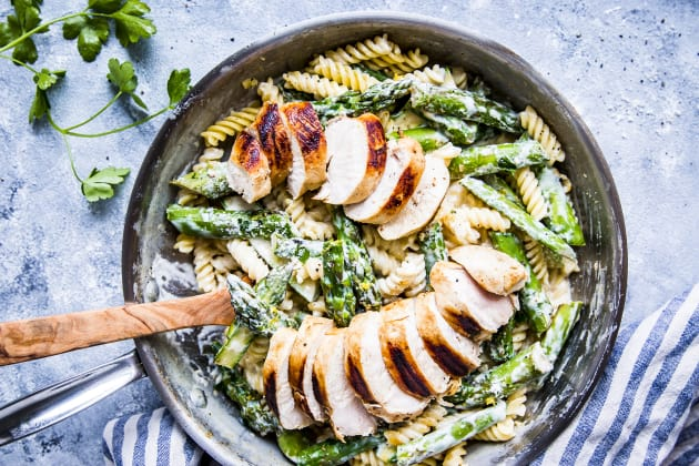 Chicken Asparagus Pasta Photo