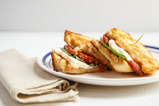 Caprese Grilled Cheese Photo