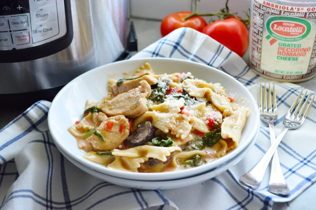 Instant Pot Chicken Florentine Pasta Recipe Food Fanatic