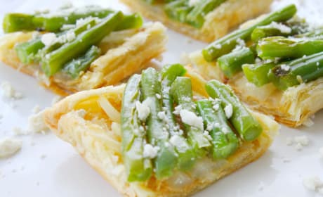 Grilled Green Bean and Onion Tarts Recipe