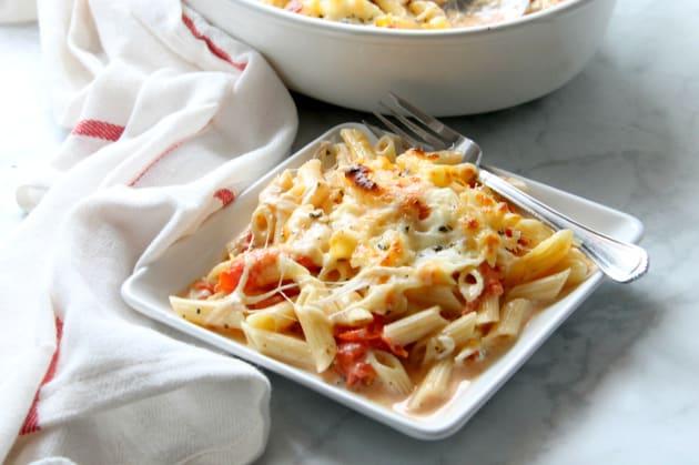Cheesy Tomato Pasta Bake Photo