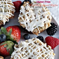 Gluten Free Mixed Berry Streusel Muffins