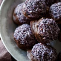 Paleo Blueberry Chocolate Macaroons Recipe