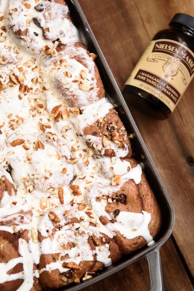 Chocolate Pecan Cinnamon Rolls Pic