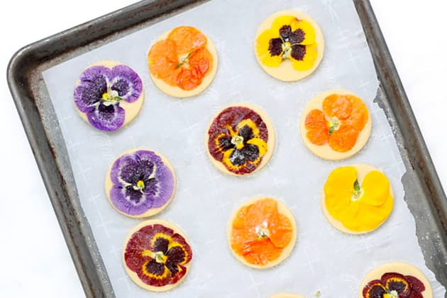 File 1 - Orange Cookies with Edible Flowers