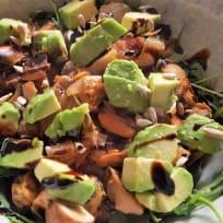 Avocado Mussels Salad