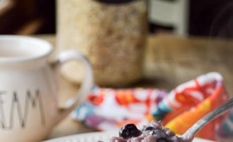 Blueberries and Cream Oatmeal Pic