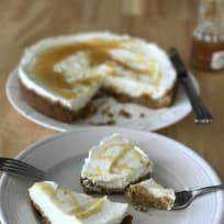 Almost no bake Goat Cheesecake with Honey, Greek Yogurt and Pistachio crust