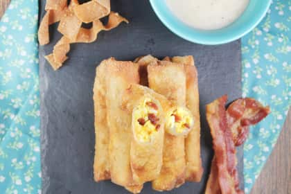 Bacon Egg and Cheese Egg Rolls