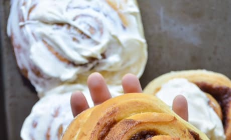 Giant Cinnamon Rolls Picture