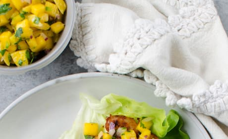 Paleo Blackened Shrimp Lettuce Wraps Image